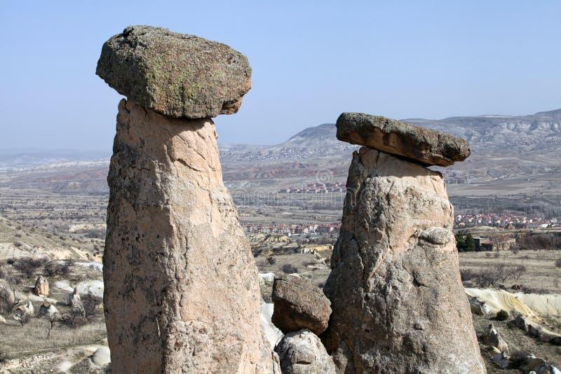 Uc Guzeller tres tolerancias o tres rocas de Beautifuls en el valle de Devrent fotos de archivo libres de regalías