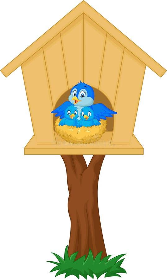 Uccello della madre del fumetto con i suoi due bambini nel nido illustrazione vettoriale