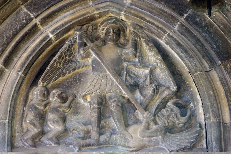 Uccisione di St Michael il drago fotografia stock