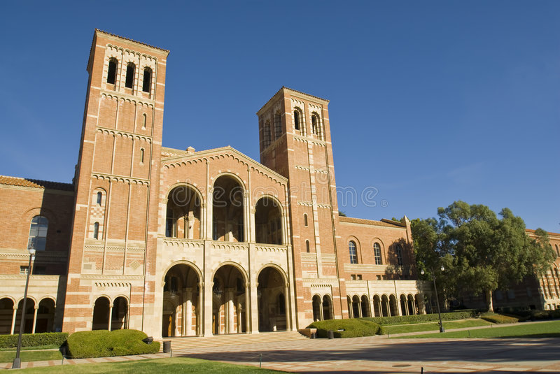 UCLA Royce Hall stockbilder