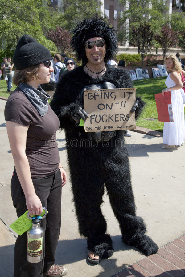 Download Ucla-Tierrecht-Aktivisten redaktionelles foto. Bild von aktivismus - 9090286