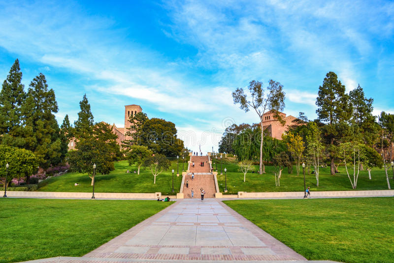 Ucla-universitetsområde royaltyfria foton