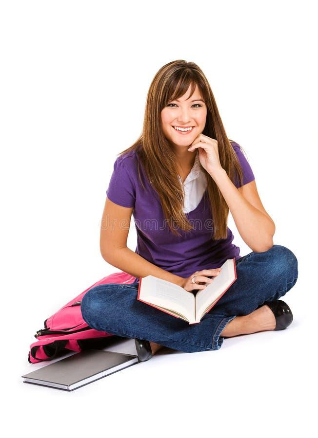 Uczeń: Uśmiechnięta kobieta Z Otwartą książką zdjęcia stock