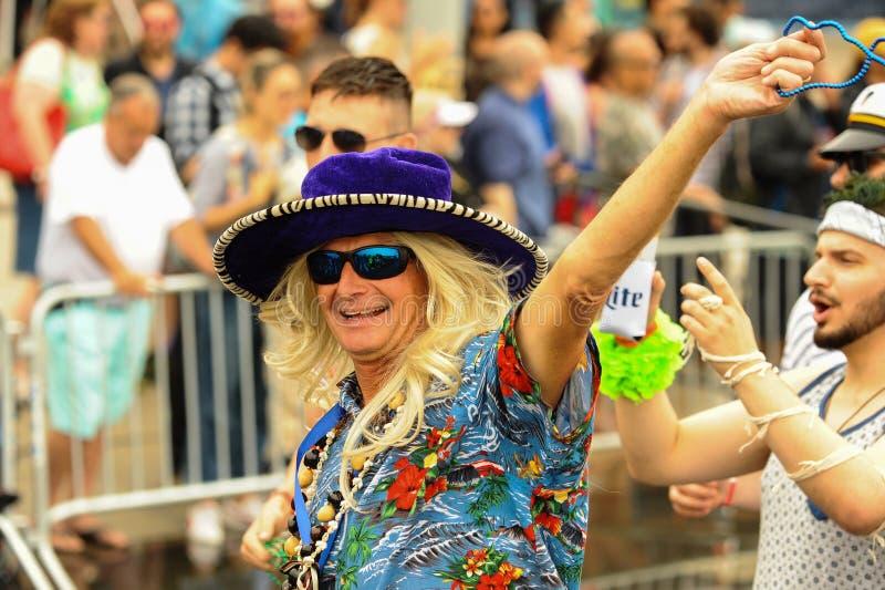 Uczestnicy maszerują w 35th Rocznej syrenki paradzie przy Coney Island zdjęcie royalty free