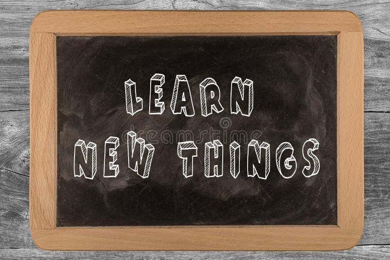 Uczy się nowe rzeczy - chalkboard obrazy royalty free