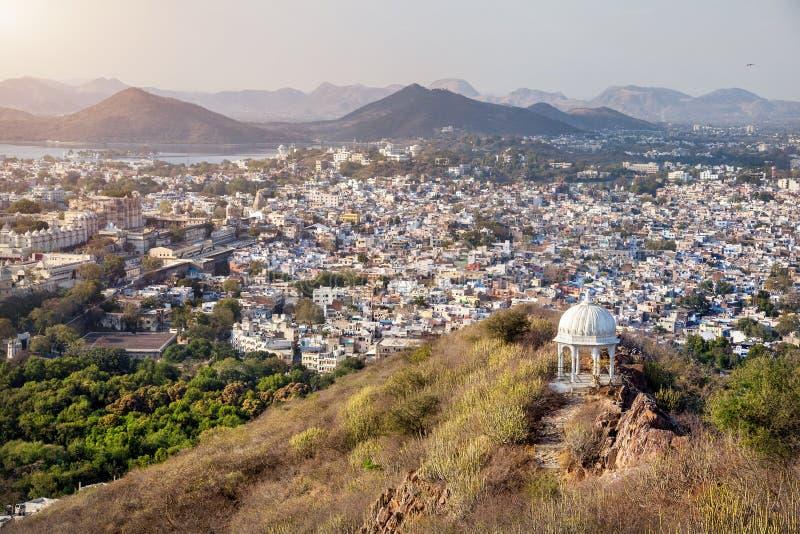Udaipur stadssikt i Indien royaltyfri bild