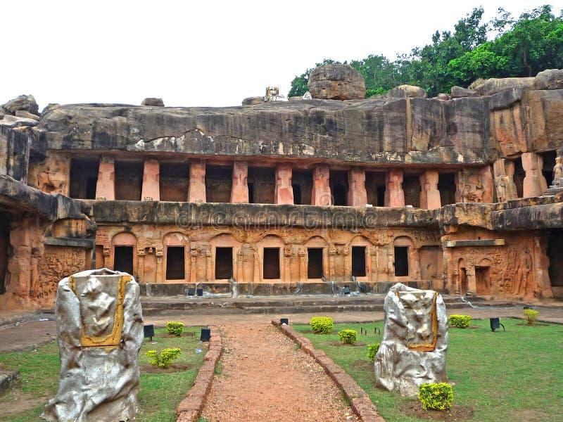 Udayagiri och Khandagiri grottor, Indien arkivbild