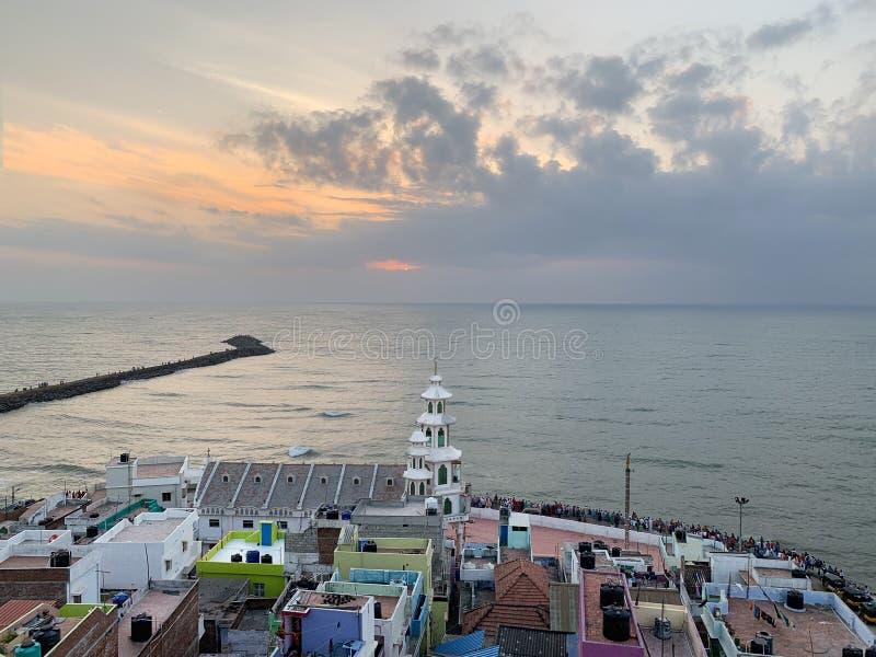 Udde Comorin Kanyakumari, Indien, västra Bengal Tamil Nadu, mars, 15, 2019 Soluppgång på udde Comorin Kanyakumari Det sydligt arkivfoton