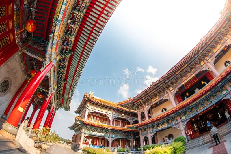Uderzenia Bua pasek, Nonthaburi, Tajlandia - 17 2019 Stycze?: Bora Racha Kanchanaphisek Leng Nei Yi ?wi?tyni 2 ?wi?tynny miejsce  fotografia royalty free