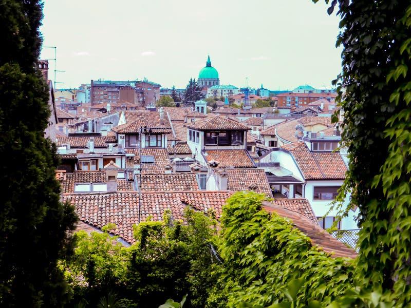 Udine Italien - härligt foto av staden Udine arkivbild