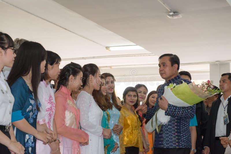 UDONTHANI 18 Thailand-Maart 2016: 29ste Gen Prayut chan-Ocha, Eerste minister van de Reis van Thailand aan het noordoostelijke ge royalty-vrije stock afbeelding