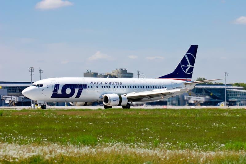 UDZIAŁ - Polskie linie lotnicze Boeing 737 zdjęcia royalty free