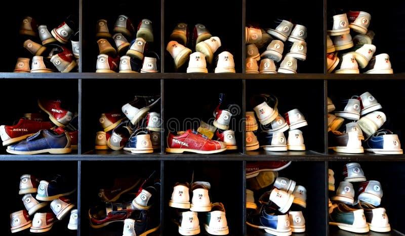 Udziały kręgli buty zdjęcie royalty free