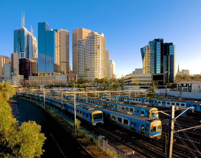 Udziały Melbourne pociągi zdjęcie royalty free