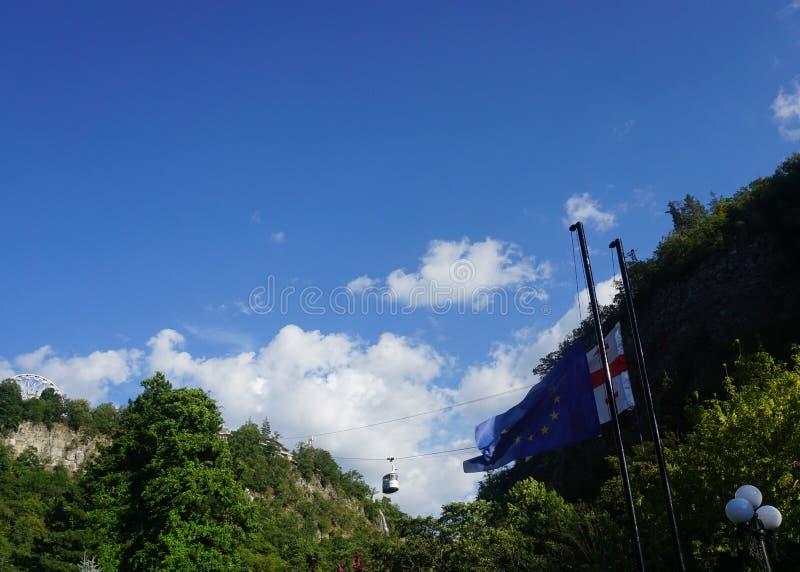 A UE da gôndola de Borjomi embandeira imagens de stock royalty free