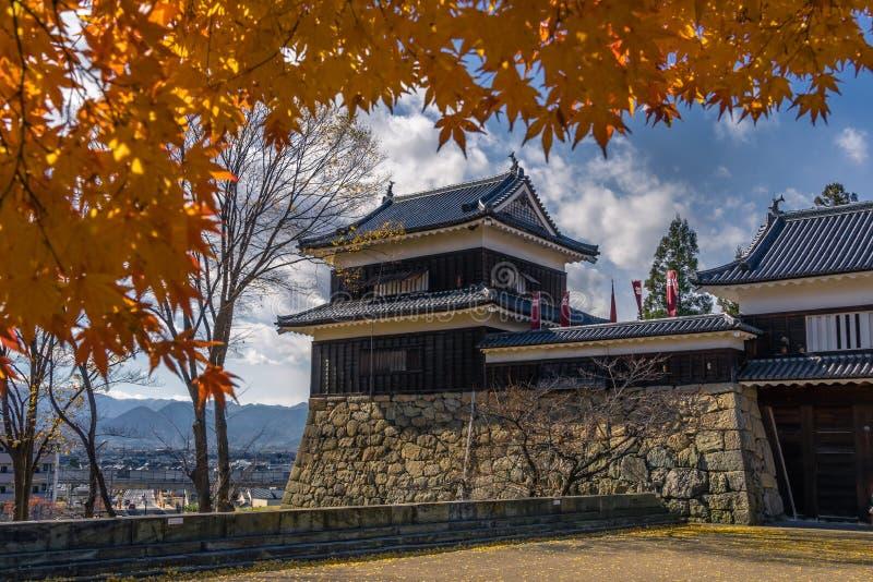 Ueda Castle tijdens de herfst stock afbeelding