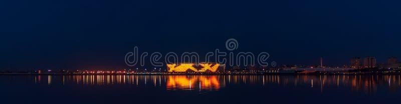 UEFA Europa Leaguestadion på natten royaltyfri bild