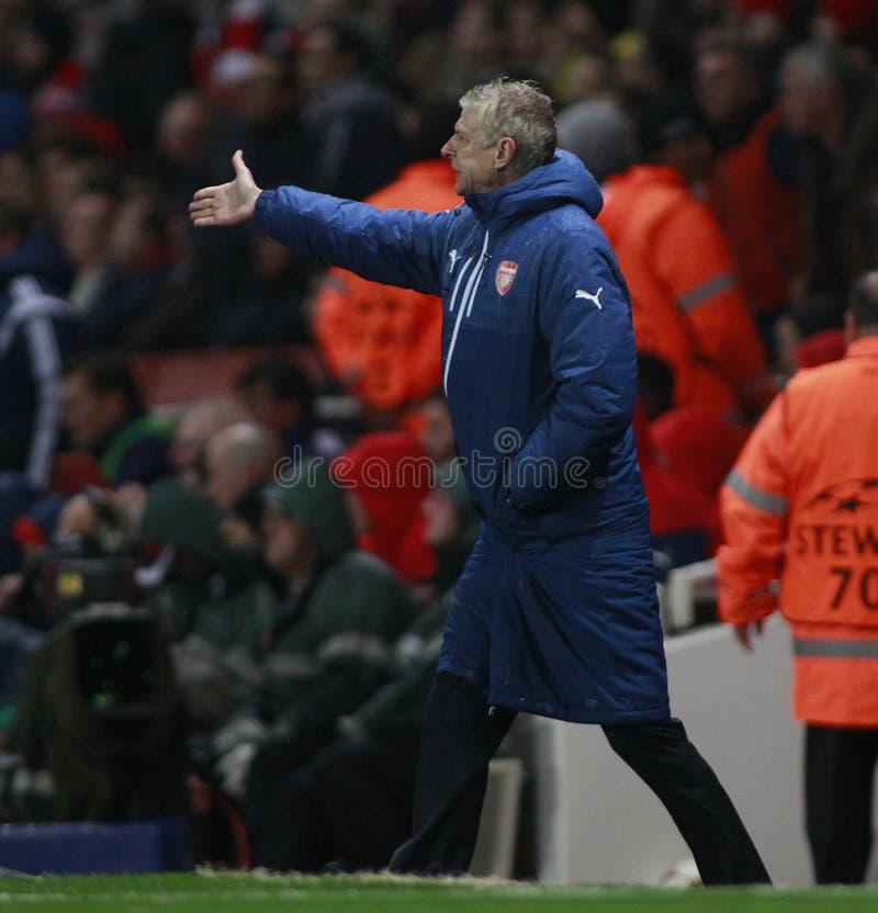 UEFA verdedigt Ligaarsenaal v Anderlecht stock fotografie