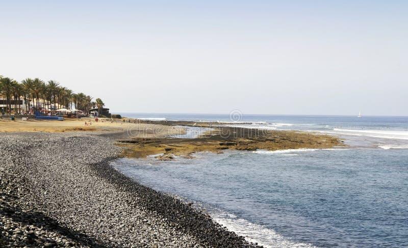 Ufer nahe Playa De-las Amerika in Teneriffa stockfotografie