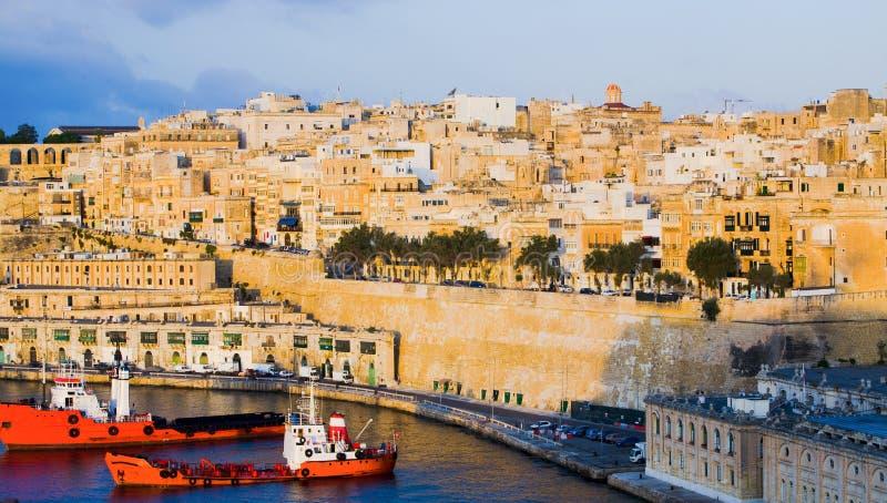 Ufergegend-Gebäude Valletta-Malta stockfotos