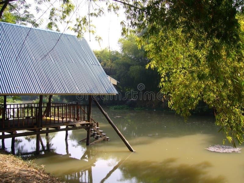 Uferpavillon lizenzfreie stockfotografie