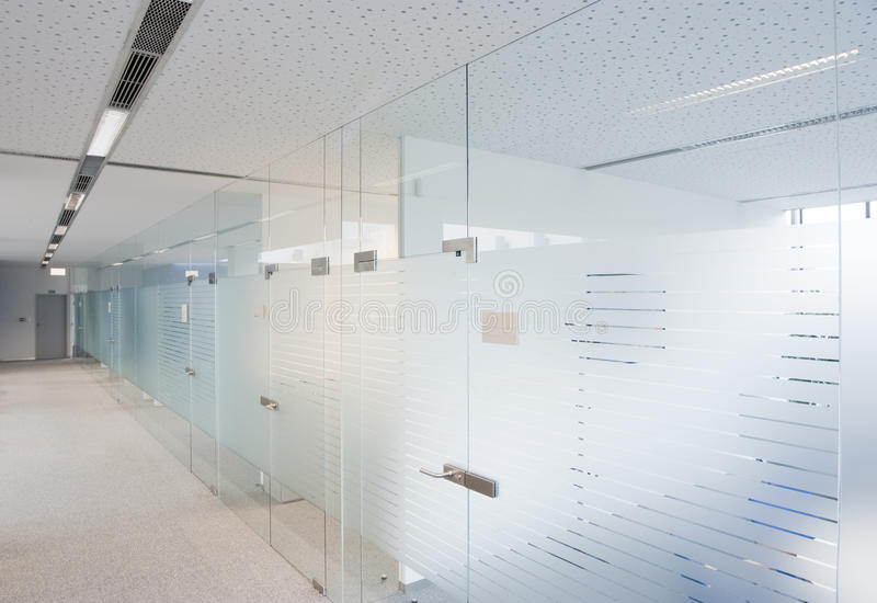 Uffici moderni dell 39 azienda immagine stock immagine di for Uffici moderni