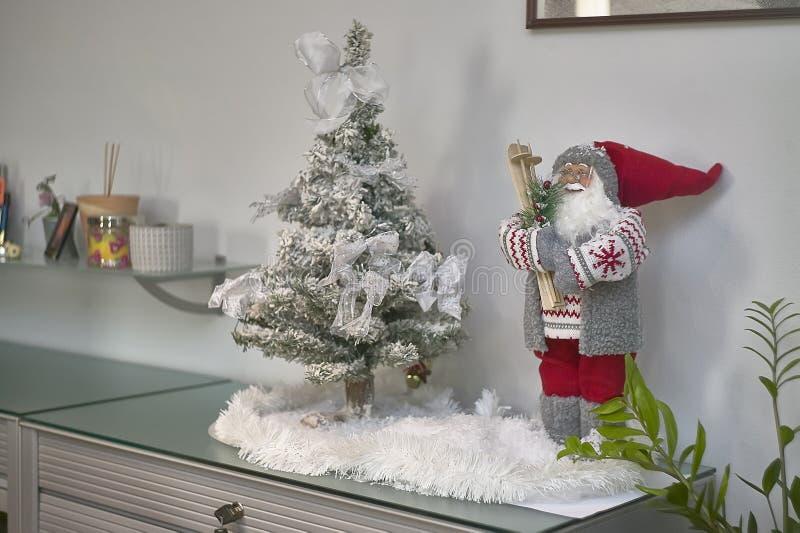 Decorazioni Natalizie Per Ufficio.Decorazioni Di Natale In Ufficio Fotografia Stock Immagine