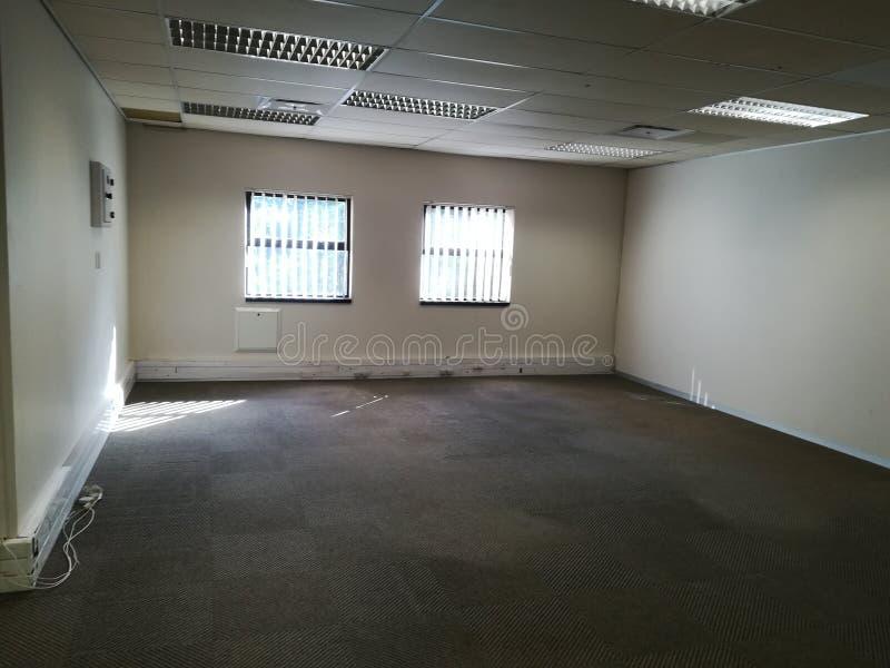 Ufficio libero o spazio ufficio abbandonato senza la gente [7] fotografia stock libera da diritti