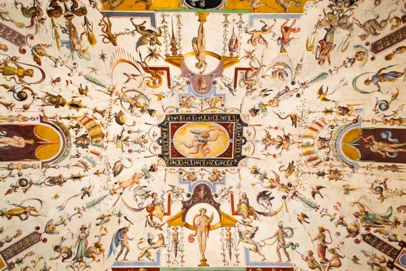 Потолок Uffizi покрашенный галереей стоковое изображение
