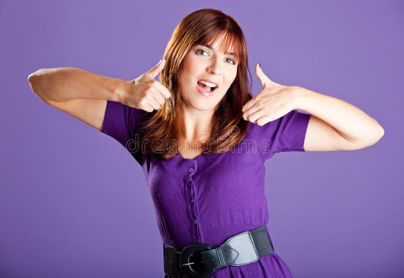 Download Ufna kobieta obraz stock. Obraz złożonej z chłodno, purpury - 13342893