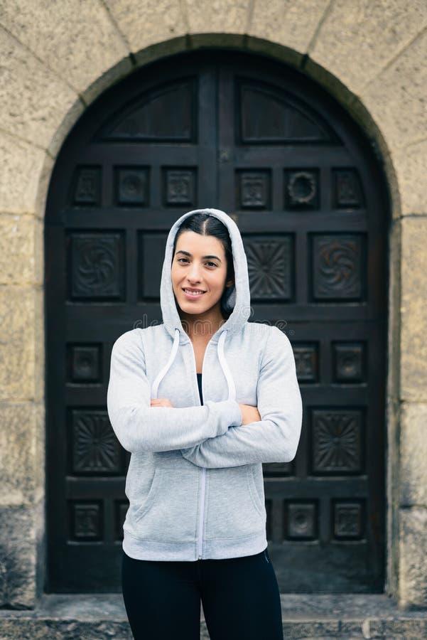 Ufna pomyślna żeńska atleta obrazy royalty free
