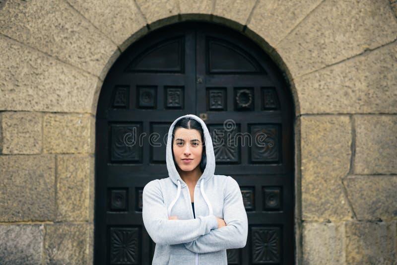 Ufna pomyślna żeńska atleta obraz stock