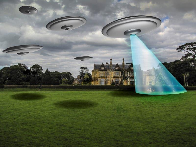 ufo: främmande invasion och kidnappning royaltyfri illustrationer