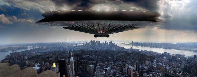 UFO sobre Manhattan stock de ilustración