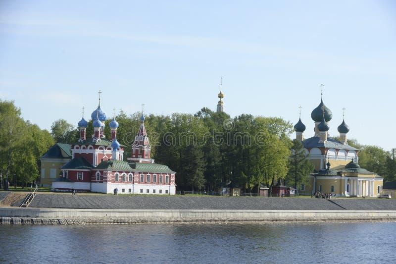 Uglich Mening van de Volga rivier riviercruise op de Volga Rivier Rusland Juni 2014 r stock fotografie