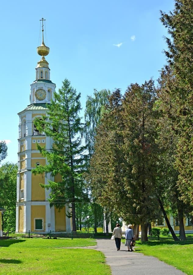 Uglich, Rusland De klokketoren van Transfiguratiekathedraal royalty-vrije stock afbeelding