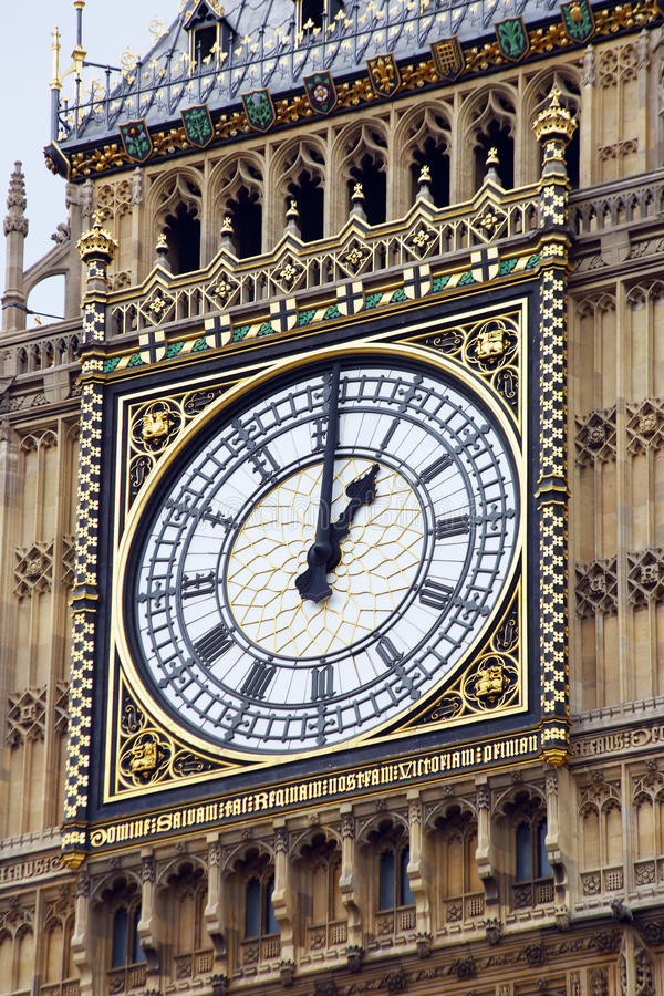 Uhr auf dem Turm von Big Ben stockfotografie