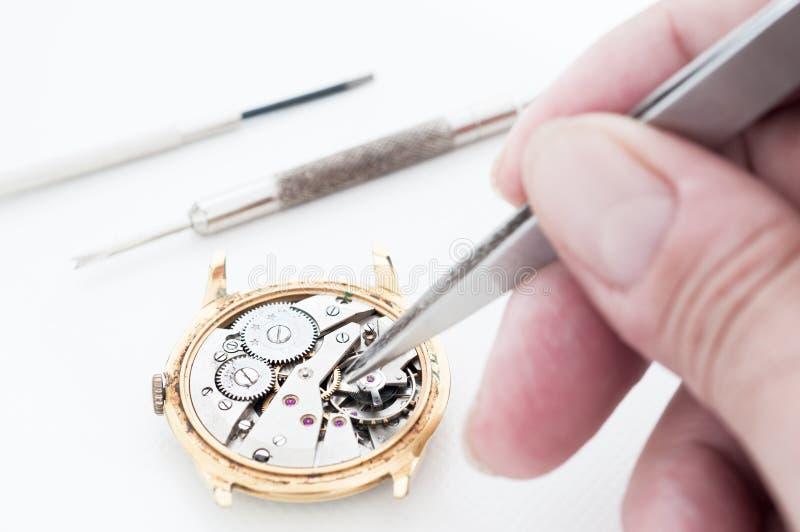 Uhr-Reparatur stockbild