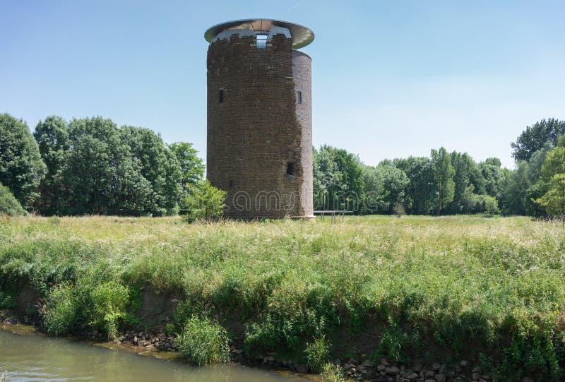 Uhrturm in Zichem lizenzfreies stockfoto