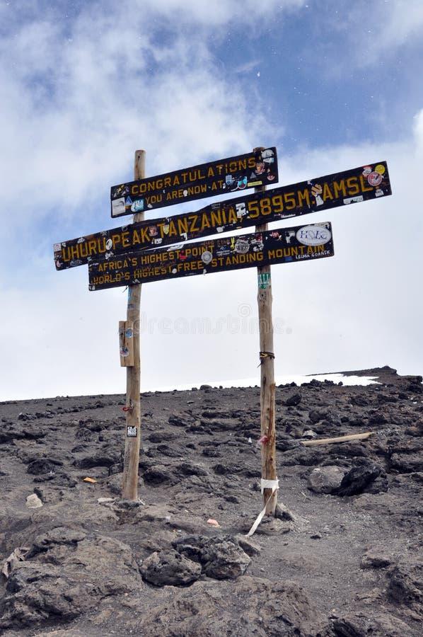 uhuru верхней части пика держателя kilimanjaro стоковые изображения rf