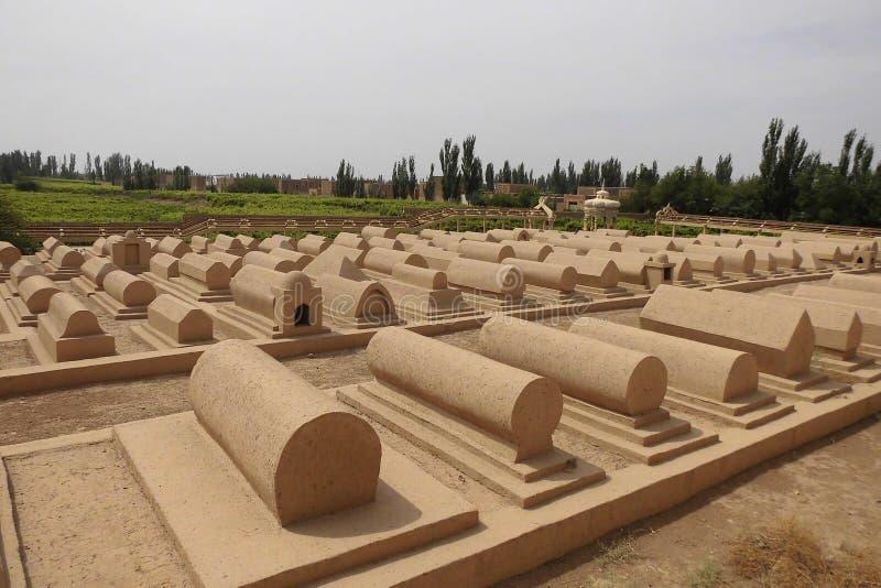 Uighursgräber lizenzfreie stockfotos
