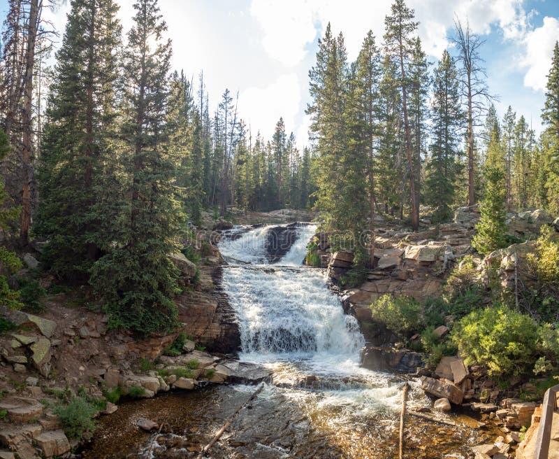 Uinta-Wasatch-gömställe nationalskog, spegel sjö, Utah, Förenta staterna, Amerika, nära Slat sjön och Park City royaltyfri foto