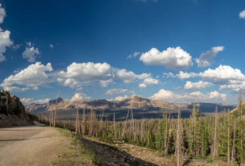 Uinta-Wasatch-gömställe nationalskog, spegel sjö, Utah, Förenta staterna, Amerika, nära Slat sjön och Park City arkivbilder
