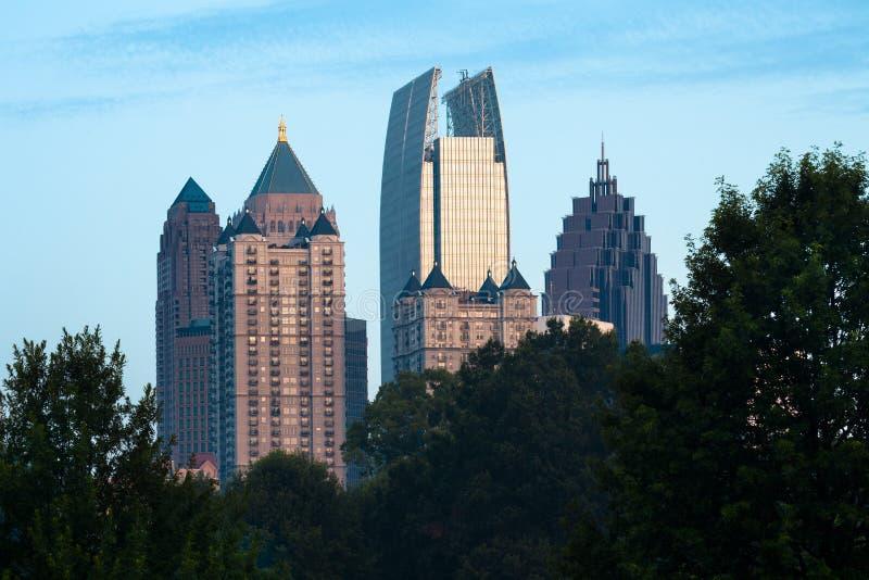 Uit het stadscentrum horizon van Piemonte-Park in Atlanta stock afbeelding