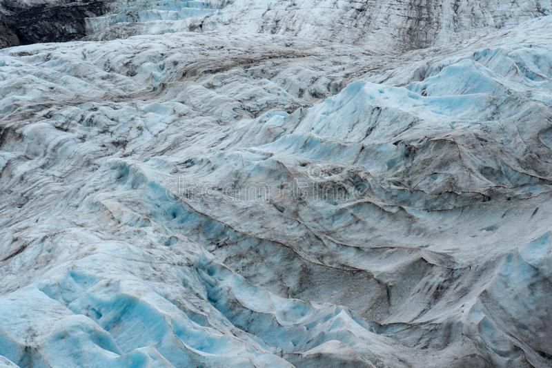 Uitgangsgletsjer in Kenai-Fjorden Nationaal Park in Alaska stock afbeeldingen