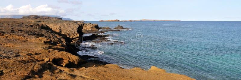 Uitgebreid oceanfront plateau royalty-vrije stock afbeeldingen