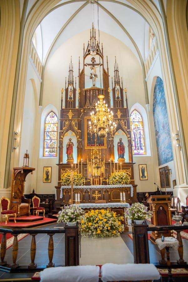 Uitgegeven kerk in Gotische binnenlandse stijl, Akhitektura in Gerviaty dichtbij Grodno, Wit-Rusland Juli 2018 royalty-vrije stock afbeelding