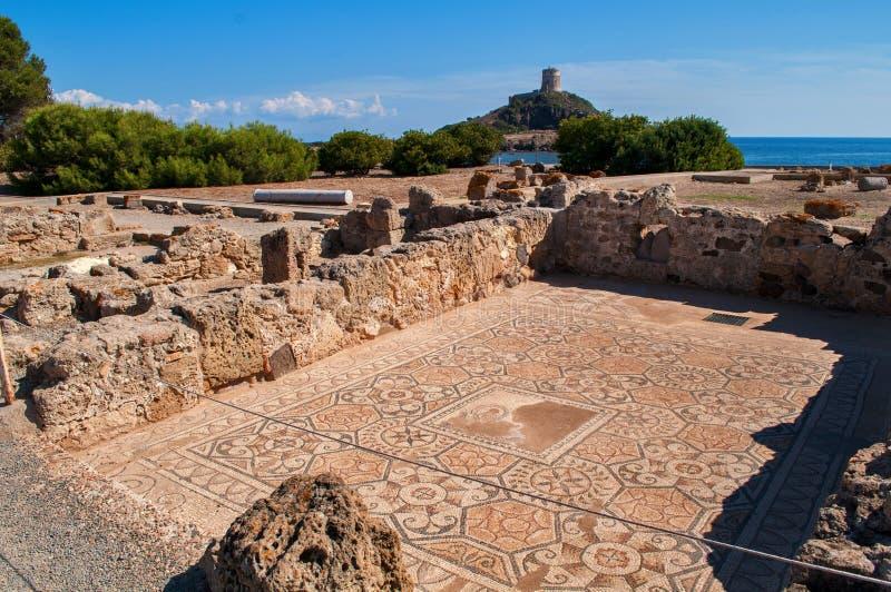 Uitgravingen in stad Nora Sardinia, Italië stock afbeelding