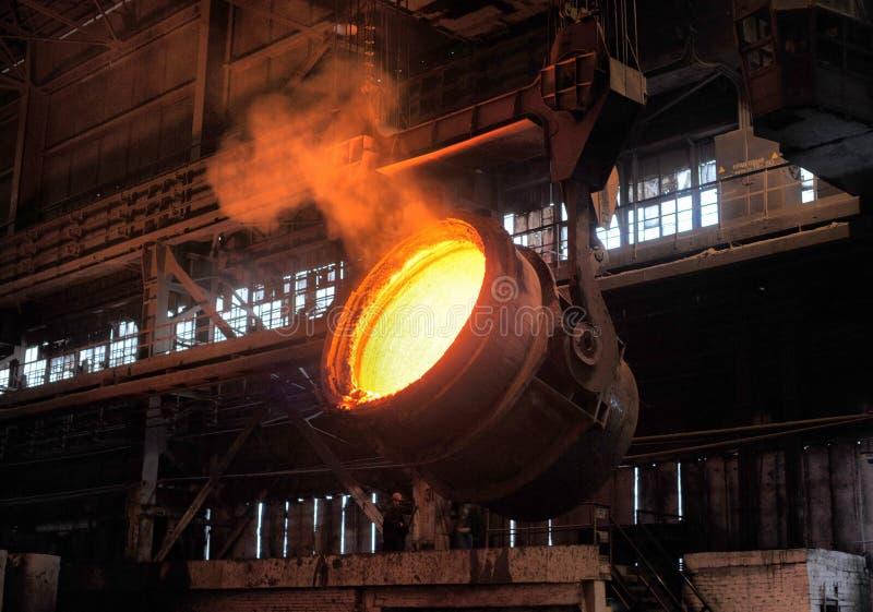 Uitsmelting van het metaal stock afbeelding