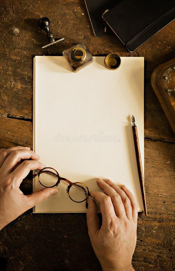 Uitstekend brieven en communicatie concept Exemplaarruimte om uw tekst te beschrijven stock fotografie